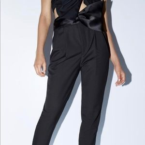 Zara highwaist black trousers with belt